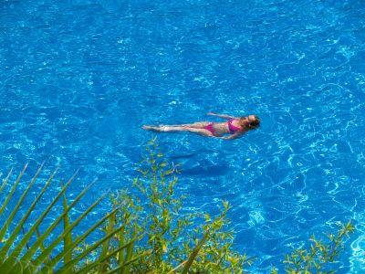 O kvalitu vody v bazénu se postará vhodná chemie