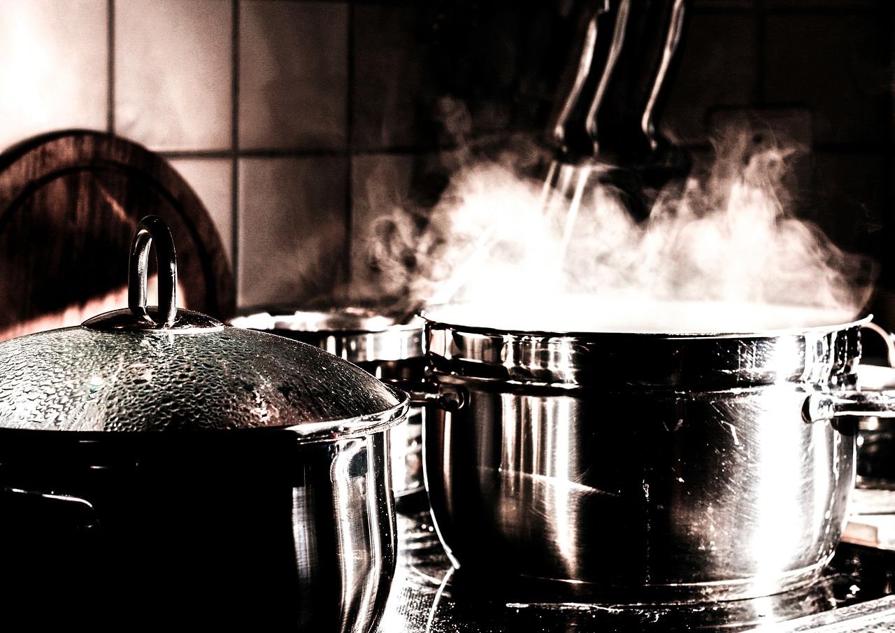 Titanové nádobí je vhodné pro zdravé a efektivní vaření